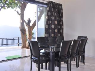 The Arowana Villa - Panchgani vacation rentals