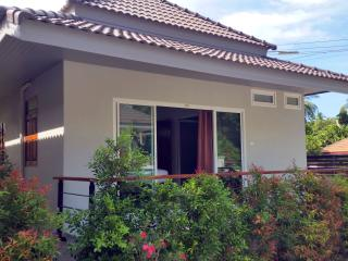 New Deluxe 1 Bedroom Tropical House - Surat Thani vacation rentals