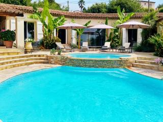 Air-conditioned luxury villa in Saint Paul de Vence, Provence, w/pool and tennis – 10min from beach - Saint-Paul-de-Vence vacation rentals