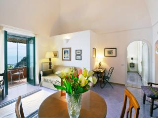 Casa Flamingo  holiday vacation apartment casa home rental italy, amalfi coast, positano, views, walk to town, short term long term apa - Positano vacation rentals