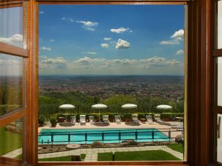 Villa Classico Large villa for rent in Montecatini Terme - Tuscany - Montecatini Terme vacation rentals
