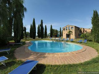 Quarantina - Il Pinto rental apartment Buonconvento Tuscany - Buonconvento vacation rentals