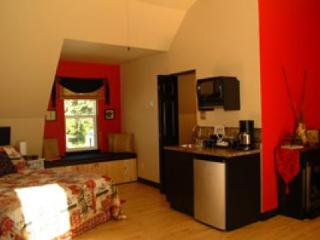 Far East Suite - North Shore vacation rentals