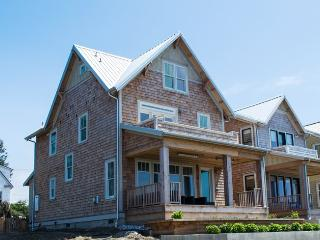 Sandy Side Up - OCEANFRONT - Pacific Beach vacation rentals