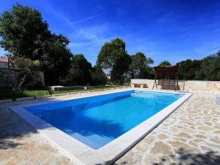 ZADAR UGLJAN ISLAND POOL APARTMENT SLEEP 4-6 SEAFR - Island Ugljan vacation rentals