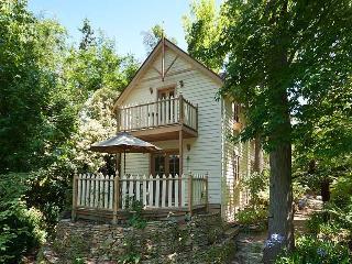 Aldgate Creek Cottage Bed and Breakfast - Aldgate vacation rentals