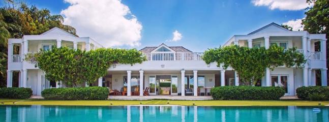 Luxury 6 bedroom Casa de Campo villa. Oceanfront with views! - Image 1 - Altos Dechavon - rentals