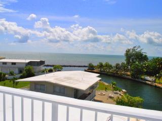 164 Plantation Shores Drive - 28 NIGHT MINIMUM - Islamorada vacation rentals