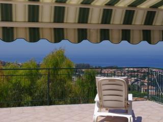 Casa panoramica con grande terrazzo - Santa Maria di Castellabate vacation rentals