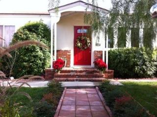 Charming Universal Studios/Burbank House! - Burbank vacation rentals