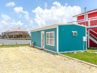 1BR/1BA Canal Cottage in Holiday Beach with Water Views, Sleeps 4 - Rockport vacation rentals