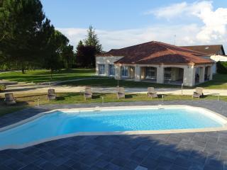 villa soleil - Bergerac vacation rentals