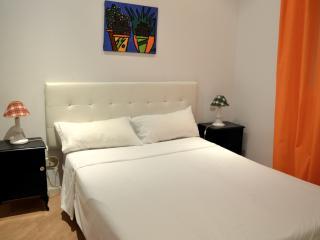 Madrid Centro Santa Ana 4 - Brunete vacation rentals