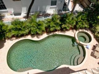 Pool - A Villa de la Playa-3603A 4th - Holmes Beach - rentals