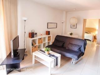 Montjuic Apartment Ramblas Port - Barcelona vacation rentals