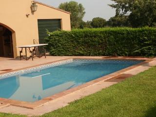 MAS COLLS FONTETA - 10 PAX - la Bisbal d'Emporda vacation rentals