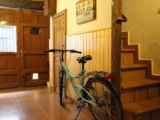 Charming typical village house at Gredos mountains - Candeleda vacation rentals