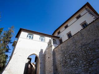 Palazzo Anzuini - Preci vacation rentals