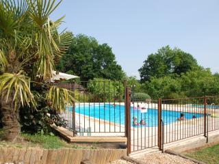 Village de Gîtes Le Châtenet - Thonac vacation rentals