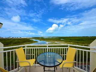 GRAND TURK SUITE #404 - 2/2 Condo w/ Pool & Hot Tub - Near Smathers Beach - Key West vacation rentals