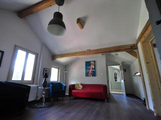 Mountain View. Beautifully renovated. Sleeps 12. - Matten vacation rentals