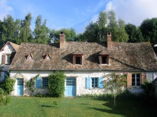 Domaine de la Folicoeur - Sainte-Colombe-pres-Vernon vacation rentals