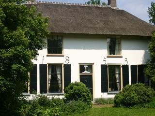 B&B De Bloemenkamp - Buren vacation rentals