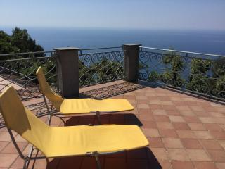 Bed and breakfast le Palme - Ameglia vacation rentals