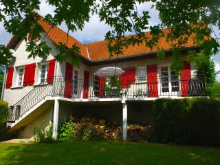 WONDERFUL FAMILY GITE IN HESDIN - Hesdin vacation rentals
