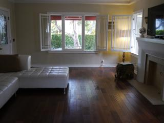 Beautiful Home by Melrose - West Hollywood vacation rentals