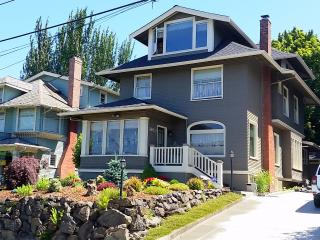 Capitol Hill - Vintage 1907 home - Great location - Seattle vacation rentals