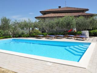 B&B Titty - Casa vacanze - Montottone vacation rentals