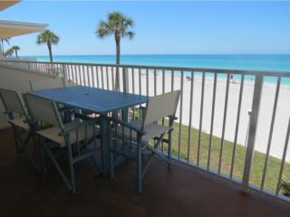 Longboat Key Gulf-front 2 BR/2 BA, amazing views - Longboat Key vacation rentals