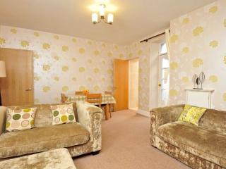 Apartment 10 Trinity Mews Trinity Hill Torquay TQ1 2AS - Torquay vacation rentals