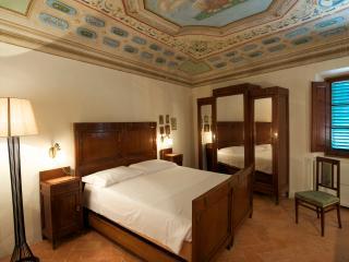 Liberty room B&B - Certaldo vacation rentals