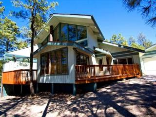 Alto Chalet is a peaceful home located at the front of Alto with a great hot - Alto vacation rentals