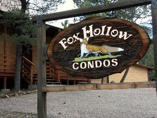 Fox Hollow Condo #01 is centrally located in the White Mountain area. - Ruidoso vacation rentals