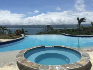 Dos gatos casita lake Arenal - Tilaran vacation rentals