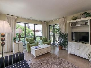 15-16 Moorings - Beautiful 2 Bedroom Palmetto Dunes Villa! Aug weeks avail. - Hilton Head vacation rentals