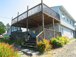 Ocean view family home, just steps away from the beach access - Gleneden Beach vacation rentals