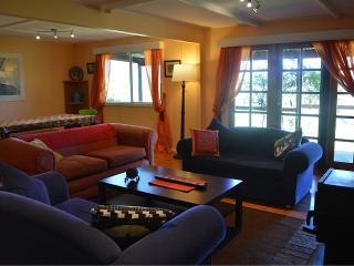 Glenbrook cottage - comfy valley cottage - Glen Davis vacation rentals