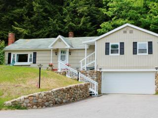 Cozy Cottage Near  Mt. Washington - 4 Seasons - Gorham vacation rentals