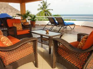 Luxury 1 Bedroom PH with a view - Puerto Escondido vacation rentals