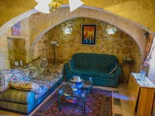 Gozos Hidden Gem - Qala vacation rentals