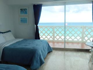 Special - BEACH FRONT Cancun Condo in Hotel Zone - Cancun vacation rentals