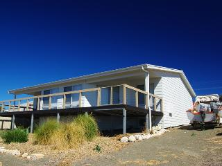 Bow House Penneshaw - Penneshaw vacation rentals