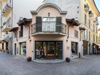 Smart Suite - Stresa vacation rentals