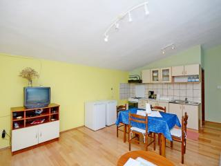 Apartments Ivan - 10021-A3 - Rogoznica vacation rentals