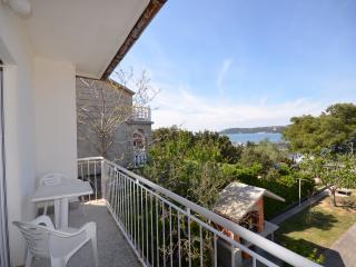 Apartments Kristijan - 85541-A2 - Supetarska Draga vacation rentals