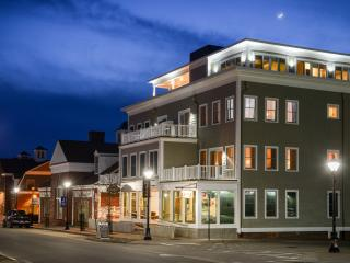 Located in the picturesque town of Kennebunk Maine - Kennebunk vacation rentals